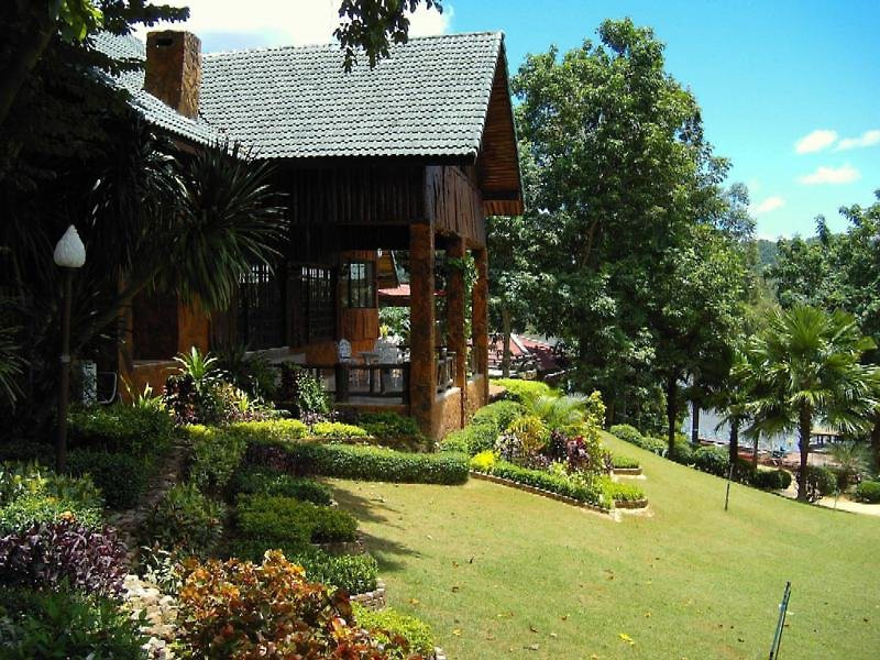 saiyok country resort and spa