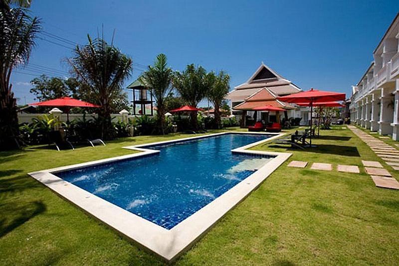 palm grove resort
