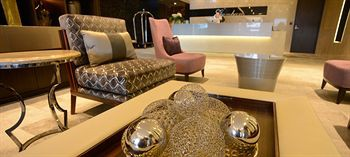 gambaro hotel