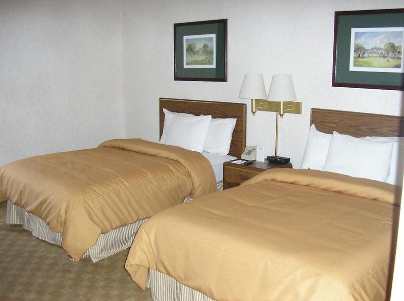 garden plaza hotel atlanta norcross