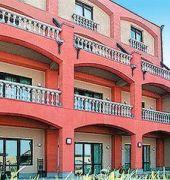 avan villa hotel