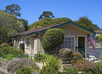 sea breeze inn and cottages
