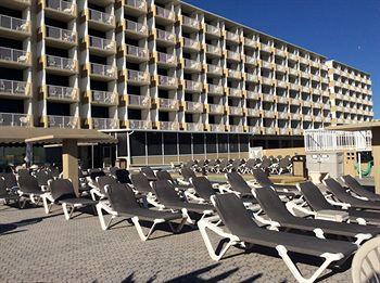 the maverick resort