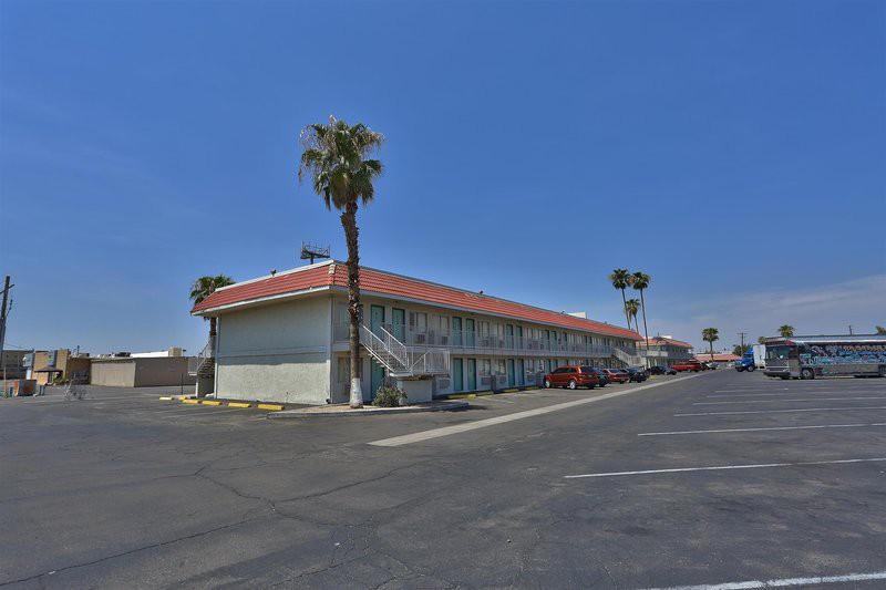 motel 6 phoenix - black canyon
