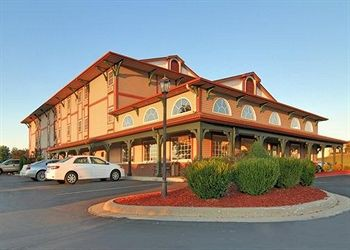 comfort inn warrensburg station