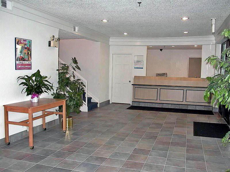 motel 6 waukegan il