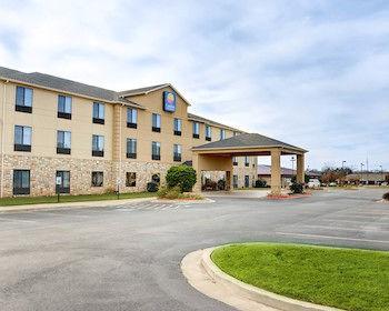 comfort inn & suites of russellville