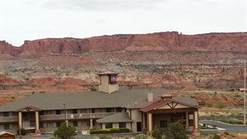 affordable inn of capitol reef