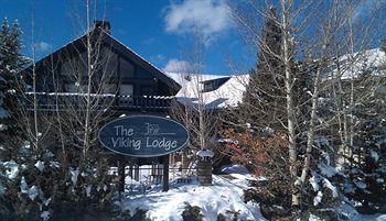 the viking lodge and ski shop