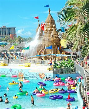 the resort at schlitterbahn