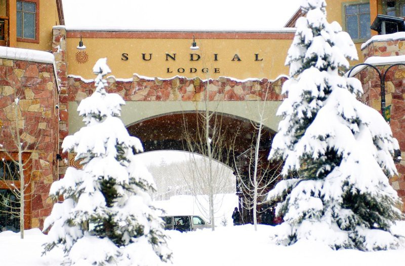 sundial lodge by all seasons resort lodging
