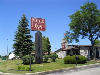 value inn milwaukee south