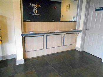 studio 6 opelika/auburn