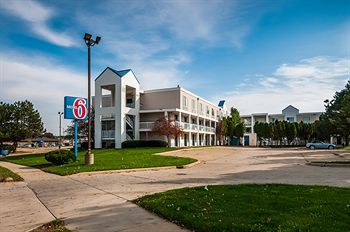 motel 6 bloomington-normal, il