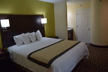baymont inn & suites newark wilmington south a