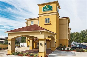 la quinta inn and suites tupelo