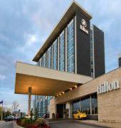 hilton toronto airport hotel & suites
