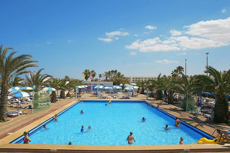 el mouradi club selima ( only family hotel )