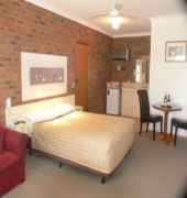 best western travellers rest