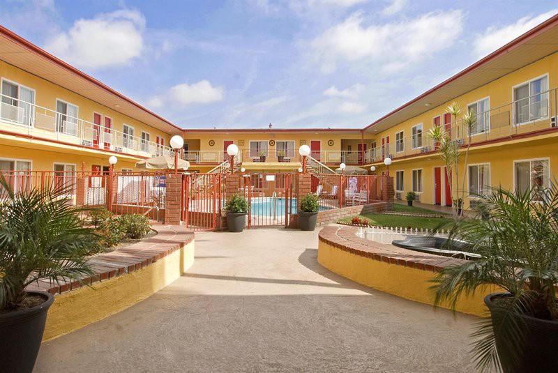 americas best value inn & suites at the park