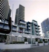 accommodation star docklands