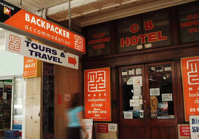 maze backpackers