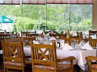 novotel swan valley vines resort