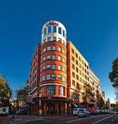 adina apartment hotel sydney crown street