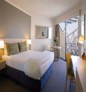 adina apartment hotel. ( formely medina executive