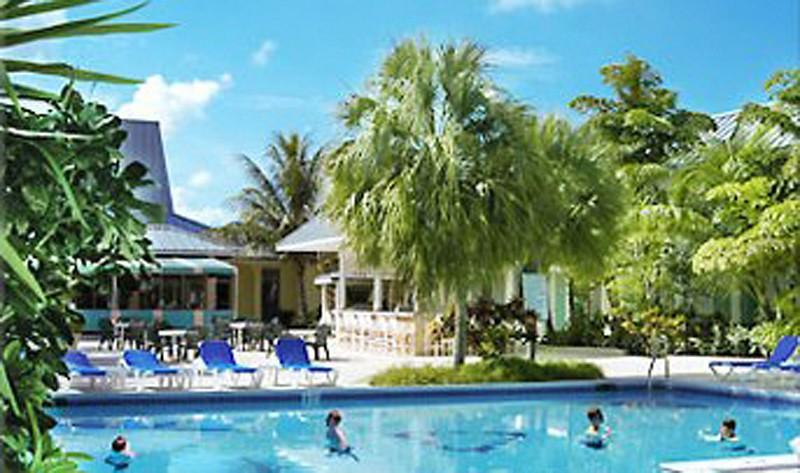 royal islander hotel