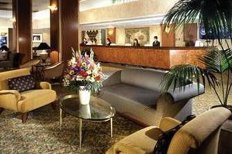 sheraton gateway hotel