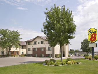 super 8 motel- aberdeen east