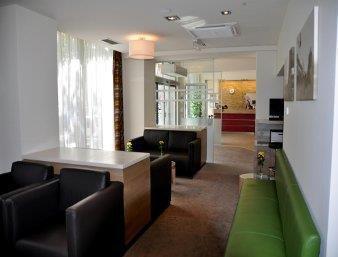 ramada hotel and suites vienna