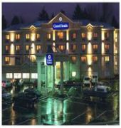 coast abbotsford hotel and suites