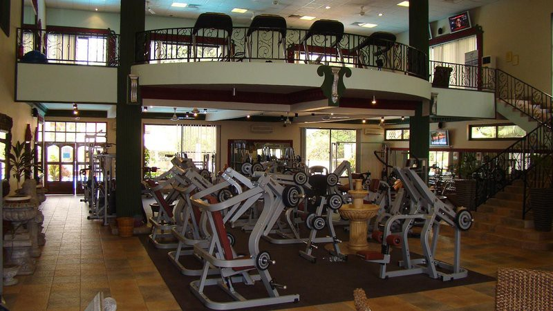 colosseum hotel and fitness club