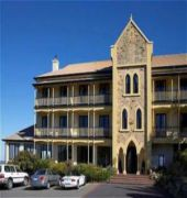 grand mercure hotel mount lofty house