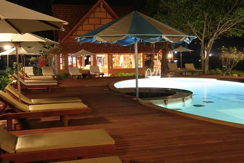 p.p. erawan palms resort