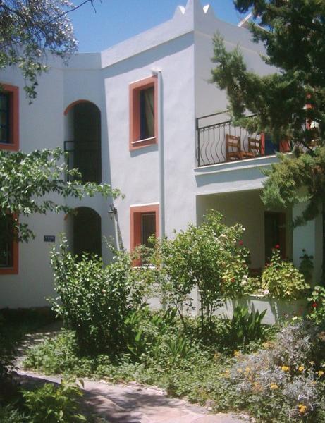 hadi apartments