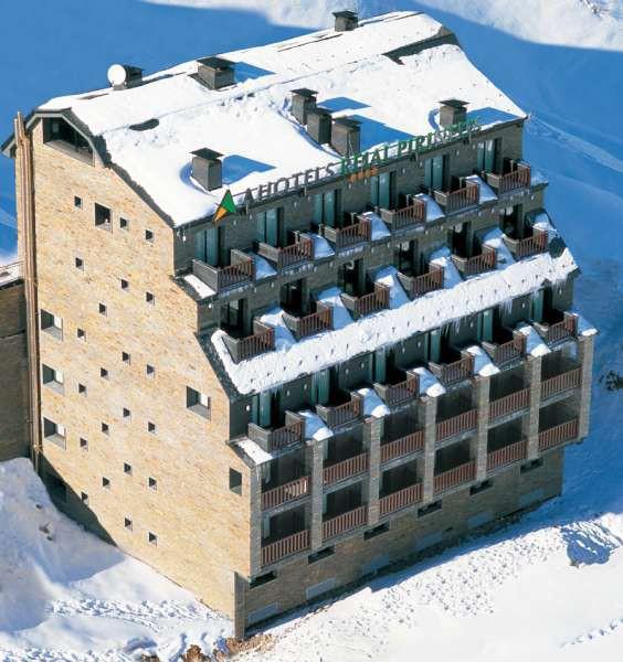 reial pirineus hotel