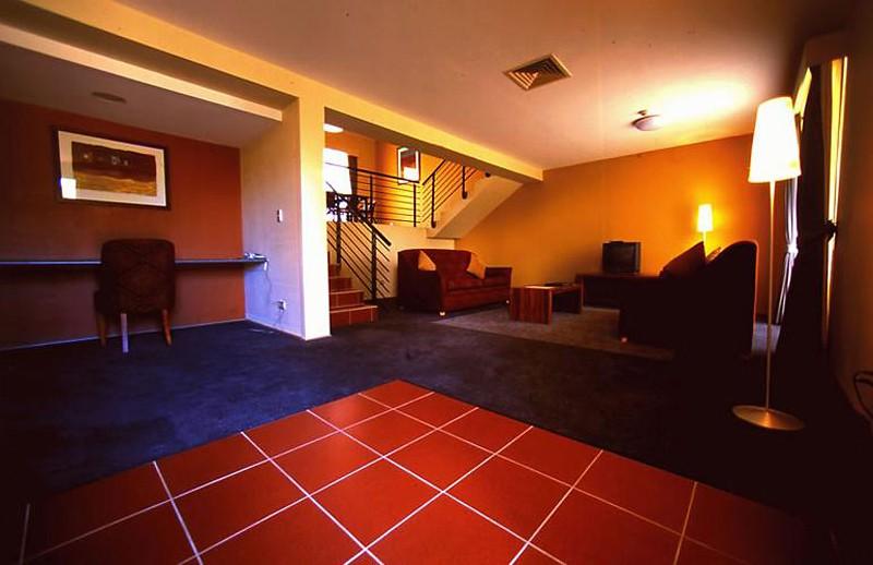 voyages emu walk apartments