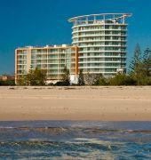 australis kirra surf apartments
