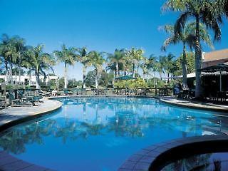 rydges oasis resort