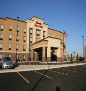 hampton inn and suites peru
