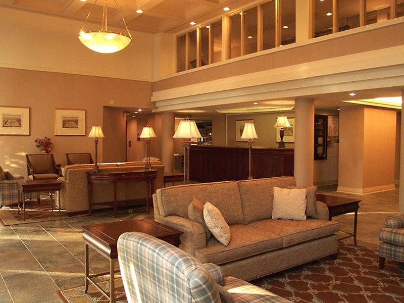sandalwood suites toronto airport