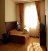 met gold hotel