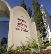 howard johnson plaza hotel anaheim resort