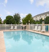 baymont inn and suites arlington at six flags dr