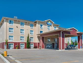 days inn and suites cochrane