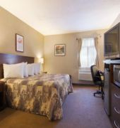 days inn and suites revelstoke