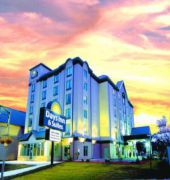 days inn and suites - niagara falls, centre st., b